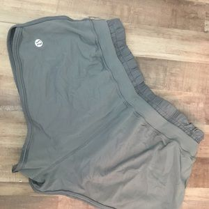 Lululemon 4 Strength & Tone Booty Shorts
